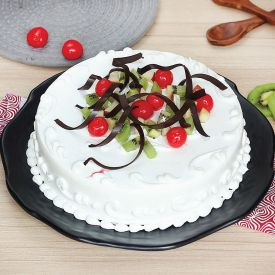 Kiwi Cherry  Vanilla  cake