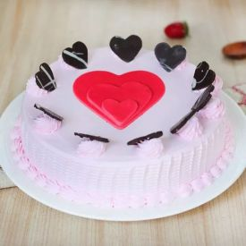 Strawberry cake with heart