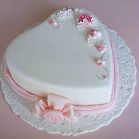 Heart Shaped Semi fondant Cake