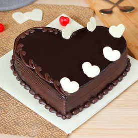 Love Chocolate Truffle Cake