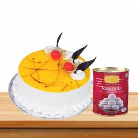 Pineapple Cake With Rasgulla