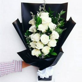 White Roses in paper