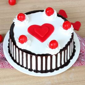 Black forest with fondant heart cake
