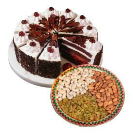 1/2 kg Black forest cake and 1/2 mixed dry fruits
