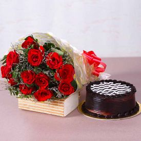 Roses With Chocolate Truffle Cake