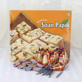 Soan Papdi with Cracker Pack