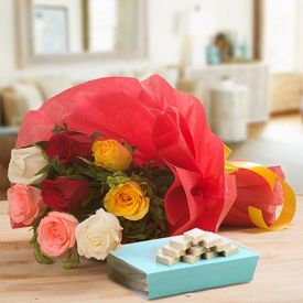 Mixed Roses With Sweets