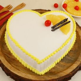 Love Pineapple Cream Cake
