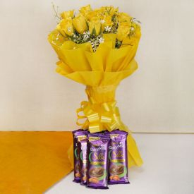 Yellow Roses With Silk