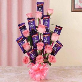 Roses N Chocolates Arrangement