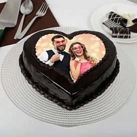 Heart shaped Chocolate photo cake