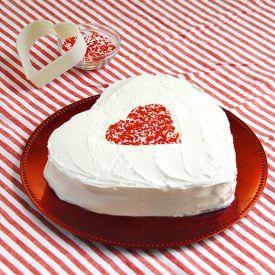 Sumptuous Heart Vanilla Cake