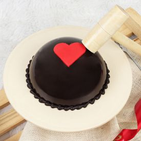 Lovely Pinata Cake