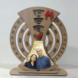 Personalized wooden Calendar