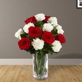 Circean Roses Vase