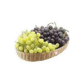2 Kg Grapes with Basket