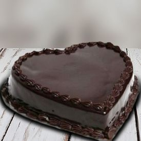 Heart shaped Chocolate & cake