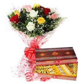Bunch of 10 Mixed Roses with 1/2 Kg Mixed Sweets