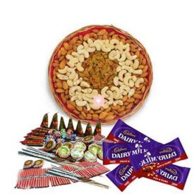 500 gm mixed dry fruits. 4 pcs dairy milk chocolates with Crackers.