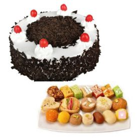 1 Kg Black forest cake with 1 Kg Sweets
