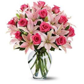 Bunch of 18 pink lilys and 14 dark pink rose with in vase