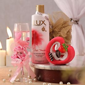 Pink Gel Candle With Bath Care