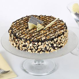 Crunchy Chocolate Cake