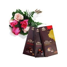 3 Bournville Chocolates With mixed 10  Red Pink Rose