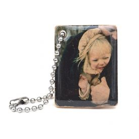 Personalized wooden photo keychain