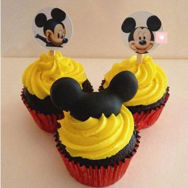 Trio Mickey Mouse Cake