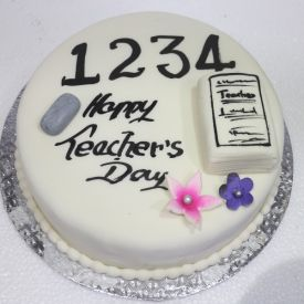 Vanilla Cake For Teachers Day