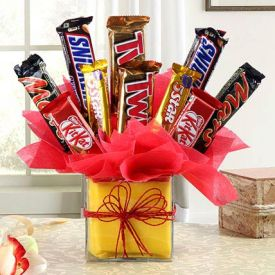 bubbly arrangement of chocolates