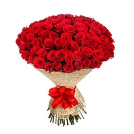 Red roses arrangements