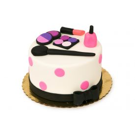 Delicious Fondant Cake