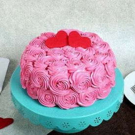 Pinky Roses Cake Upon Hearts