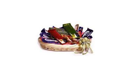 25 pcs Chocolates Basket
