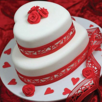 Valentine Heart shaped Cake