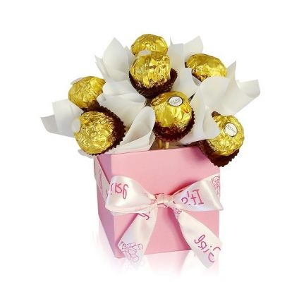 Ferrero rocher with square shape vase