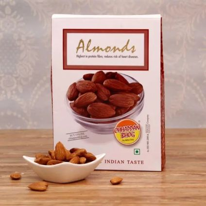24 Cube Dateberry with 250 grams of Almonds