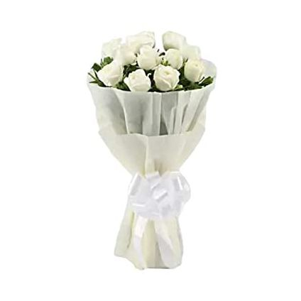 White Roses in paper Packing