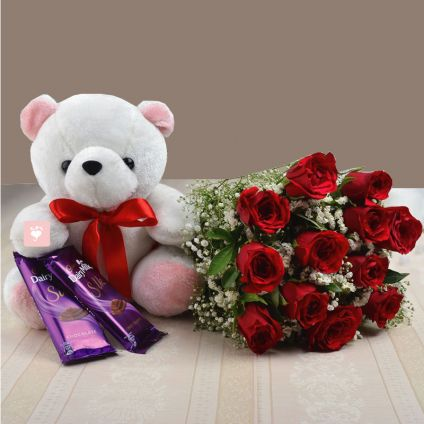 Teddy Bear, chocolate and roses