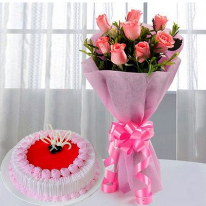 Strawberry Cake With Pink Roses