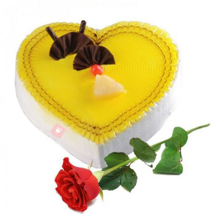 Heart shaped Vanilla cake with 1 roses