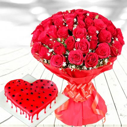 Red Roses With Heart Shape
