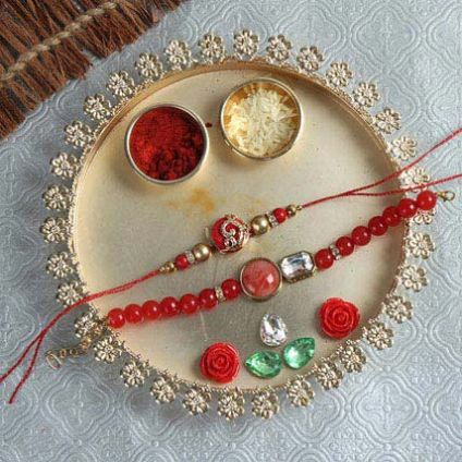 The Circular Thali Gift