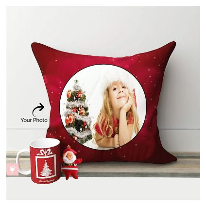 Pillow, Mug with small Santa