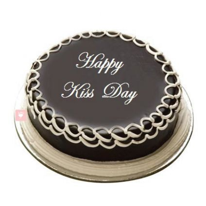 Kiss Day Chocolate Cake 1/2 kg
