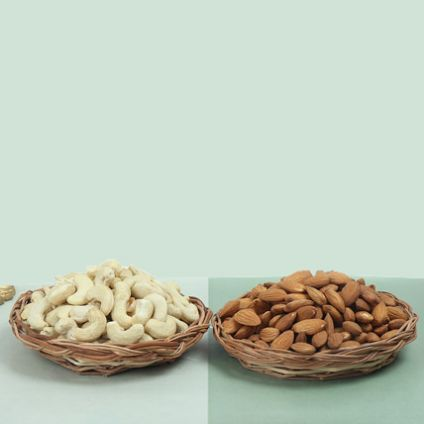 Dry fruits Almonds - 250 grams,Cashews Nuts - 250 grams