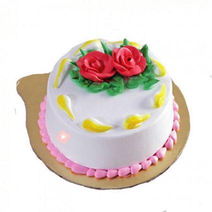 Round Vanilla Cake