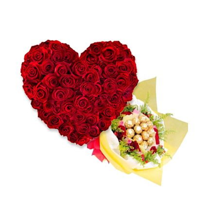 Rocher Bouquet With Roses